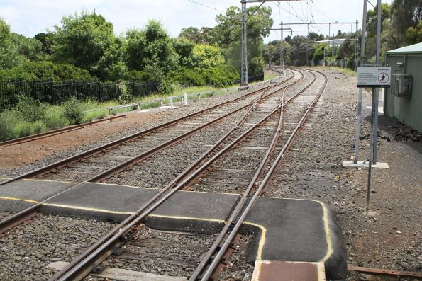 Crossover at the down end of Showgrounds station