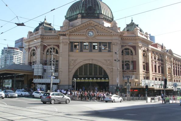Main facade of Flinders Street Station now repainted