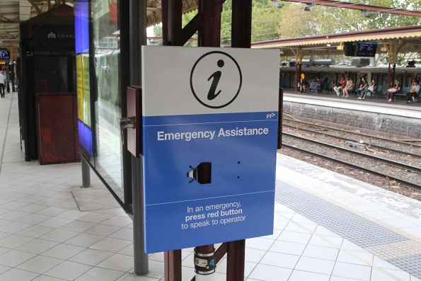 New 'emergency assistance' buttons being installed at Flinders Street platform 9