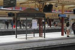 Vending machines removed from the west end of Flinders Street platform 6 and 7