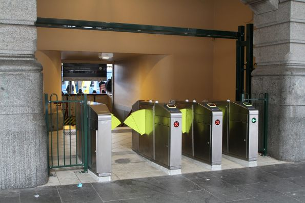 Additional myki gates leading to the centre subway stairs at Flinders Street platform 1