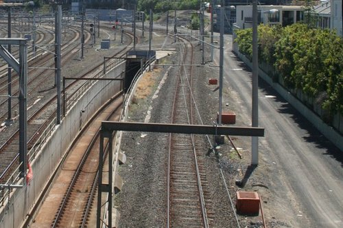 Access track linking Flinders Street 'A' box at Jolimont Road to the traction substation next to the Clifton Hill Group tracks