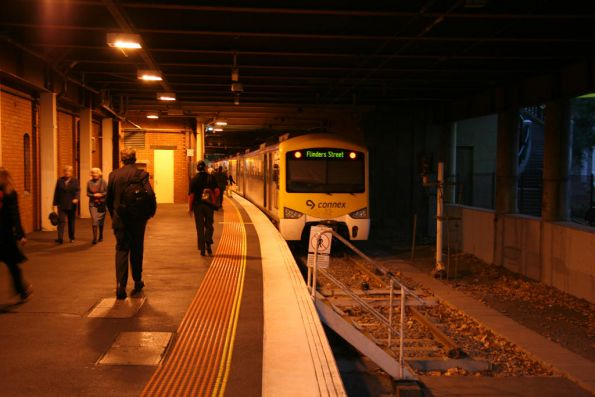 Siemens train down in the dungeon of Flinders Street platform 13