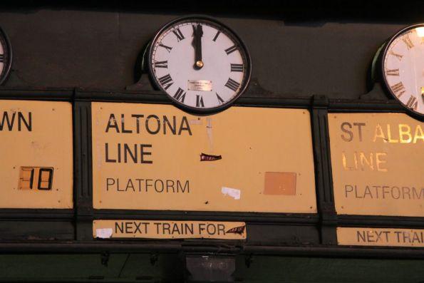 Everything old is new again - the unused Altona Line clock