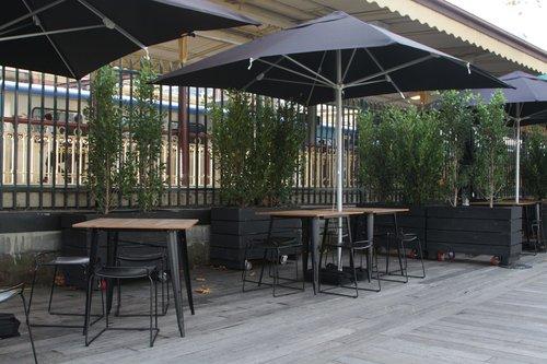 Looking across to Flinders Street platform 10 from Arbory Bar