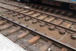 Timber sleepered track atop the centre subway at Flinders Street platform 1