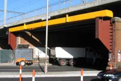 New impact protection beam for the Flinders Street Viaduct at King Street
