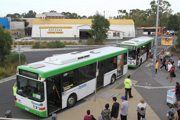 Dysons buses drop off citybound passengers at Sunshine station