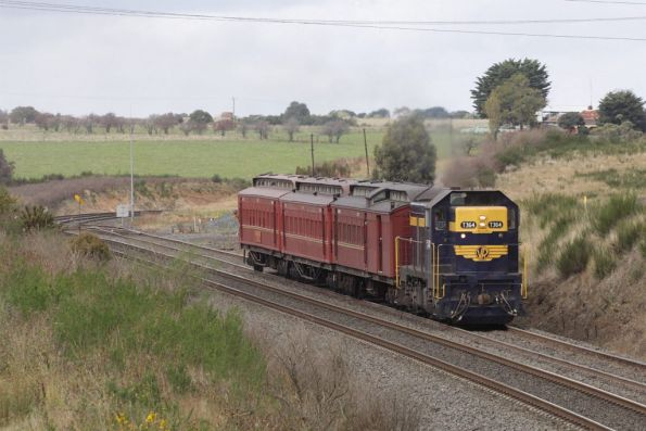 With a new train order, T364 heads down the hill from Warrenheip to Ballarat