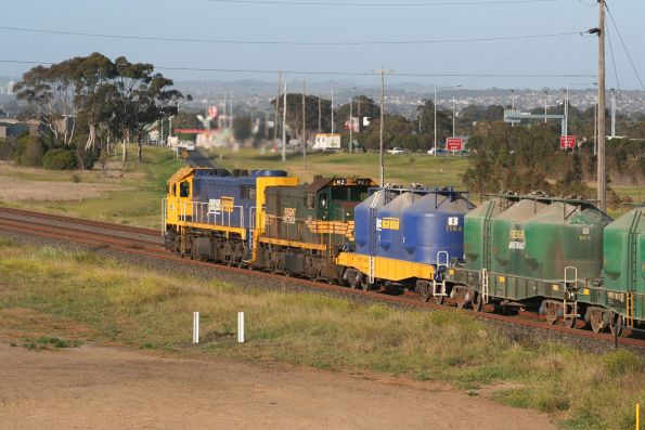 X41 leads H2 on a North Geelong bound mixed freight