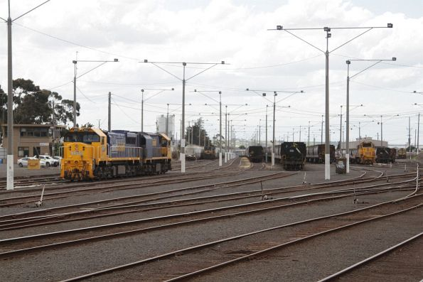 XR551 and XR558 stabled with T400 and a number of grain trains at North Geelong Yard