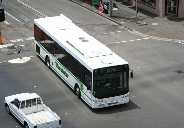 Benders #14 6075AO turns from Yarra Street into Malop