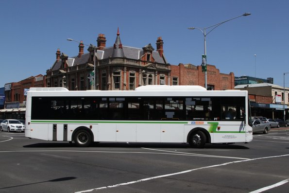 CDC Geelong bus #141 9497AO turns from Yarra Street into Malop Street