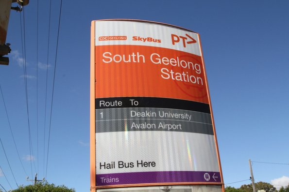 CDC Geelong and Skybus co-branded bus stop pillar at South Geelong station