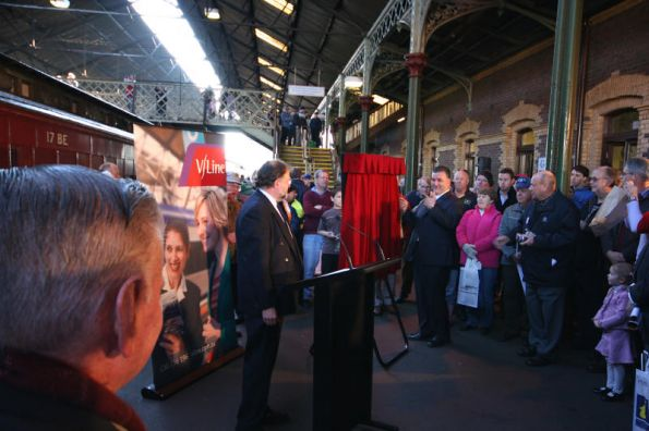 Plaque ceremony at Geelong Station