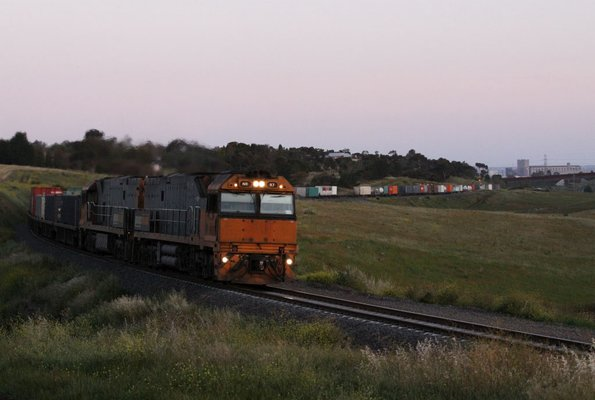 Pacific National - Geelong standard gauge freight