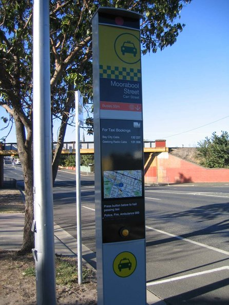 New Metlink style signage near South Geelong station, for a taxi rank