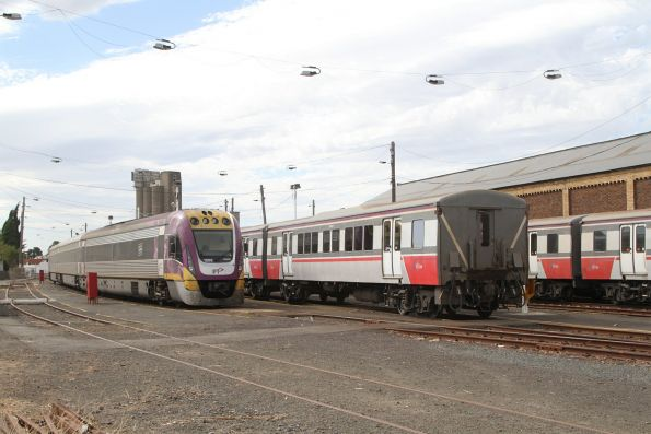 VLocity VL05 stabled alongside two H sets at Geelong for the weekend