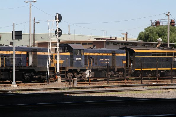 T395 outside the Gemco sheds at South Dynon