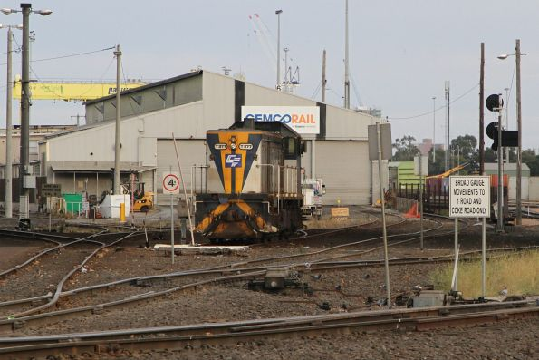 T377 outside the Gemco Rail shed at South Dynon