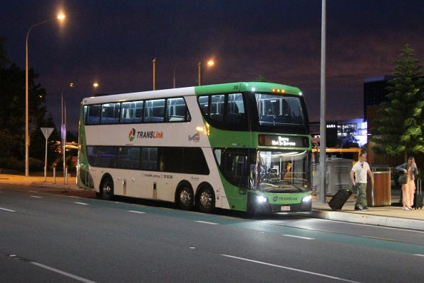 Surfside bus 703VAX arrives at Broadbeach South with a route 777 service