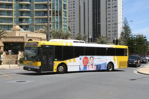Surfside bus #617 on route 705 at Surfers Paradise North