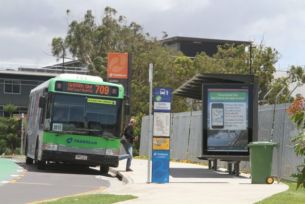 Surfside Bus 475 789lei On Route 709 At Griffith