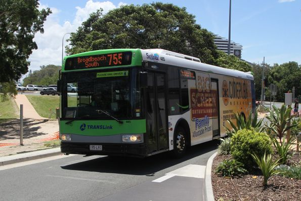 Surfside bus #485 195LHI on route 755 at Broadbeach South
