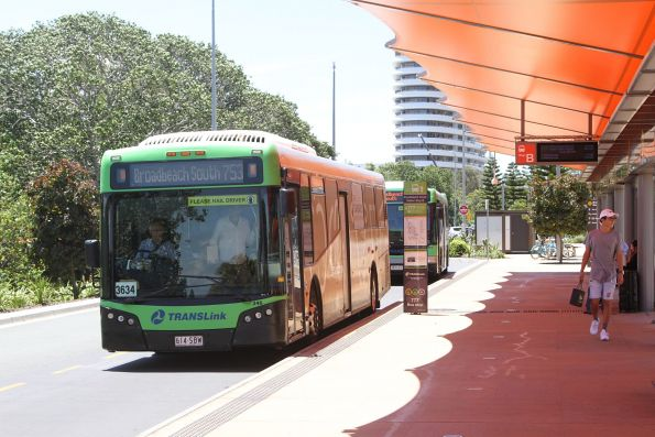 Surfside bus #346 614SBW on route 753 at Broadbeach South