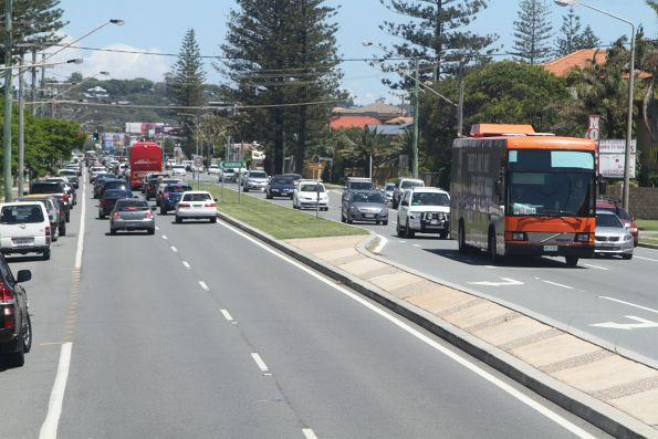 Gold Coast Shuttle 401FOC on the Gold Coast Highway at Palm Beach
