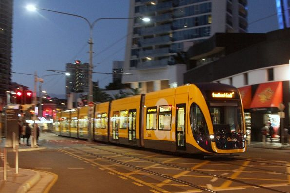 Flexity #09 on Surfers Paradise Boulevard at Cavill Avenue