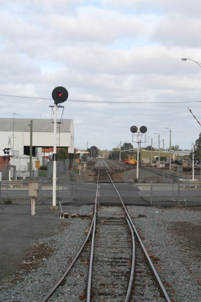 Signal 12 for up trains arriving into Shepparton