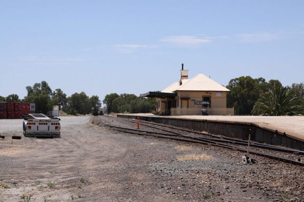 Overview of Tocumwal station and the container terminal