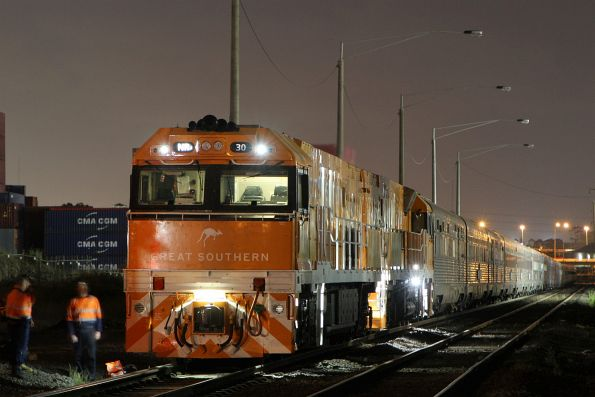 Crew change for NR30 and NR31 on the northbound run at Brooklyn