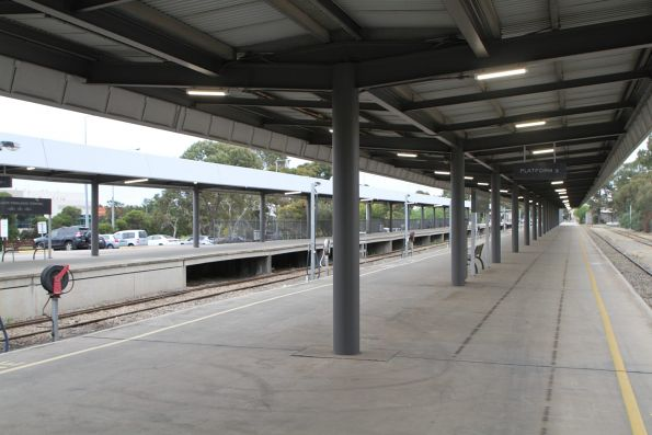 Looking north along Adelaide Parklands Terminal platform 2 and 3