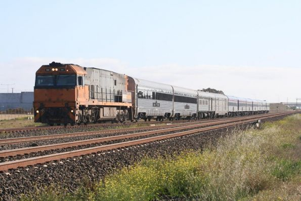 NR91 leads The Overland at Corio, with refurbished  Southern Spirit cars BRG972 and BRG974 attached