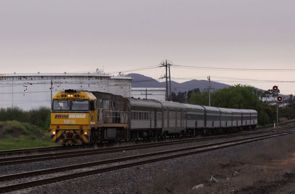 NR16 leads the Overland upgrade into North Shore, PHN power van and HM baggage van behind the loco