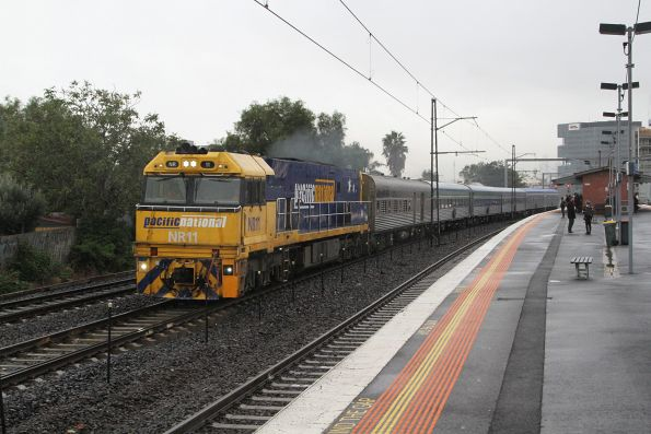 NR11 leads the Adelaide-bound overland through Middle Footscray