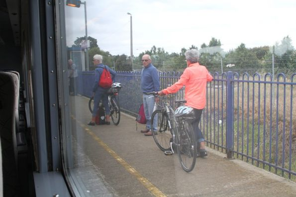 Many passengers joining The Overland westbound at North Shore, including some with bikes