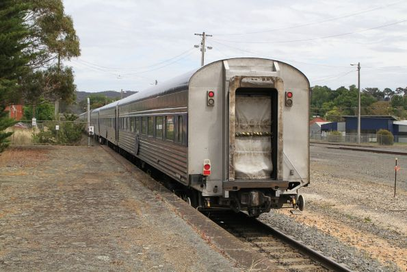 Tail end of The Overland westbound at Ararat