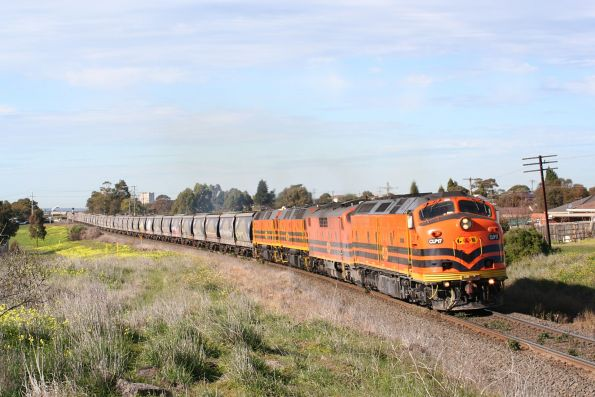 CLP17, GM42, 2210 and 2212 headed west out of Geelong at Bell Post Hill