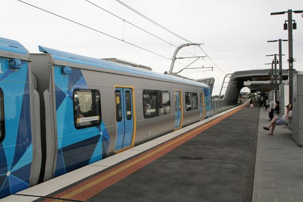HCMT set 11 arrives into Murrumbeena on the up with the first public service