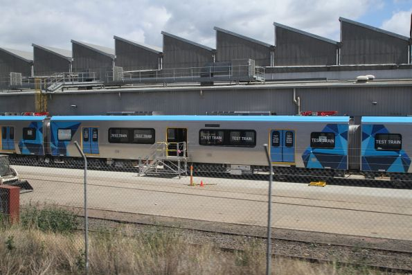 Mp1, DMp1 and TC1 carriages coupled up to form one end of the first completed HCMT unit