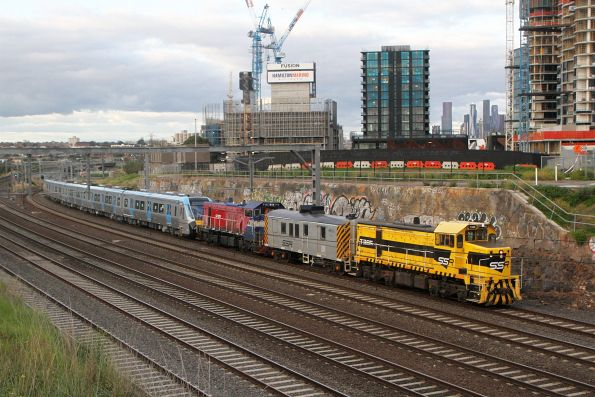T385 leads P18, power van BVDY51 and HCMT set 4 towards Footscray on the down