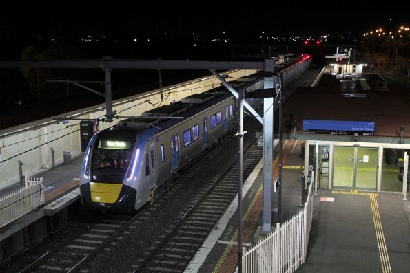 HCMT arrives back at Laverton, this time on platform 1