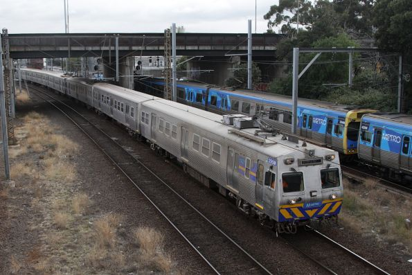 Cement dust covers the side of Hitachi 295M at North Melbourne