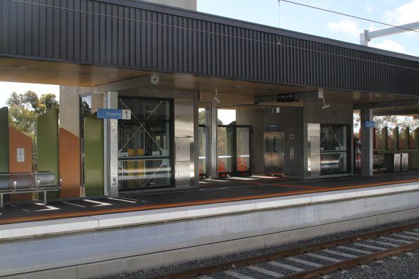 Pair of lifts service each platform at Rosanna station