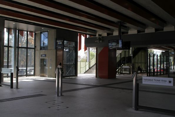 Vix myki readers on the concourse level at Rosanna station
