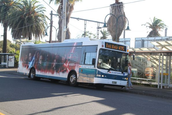 Kastoria bus BS00AY on route 475 at Essendon station