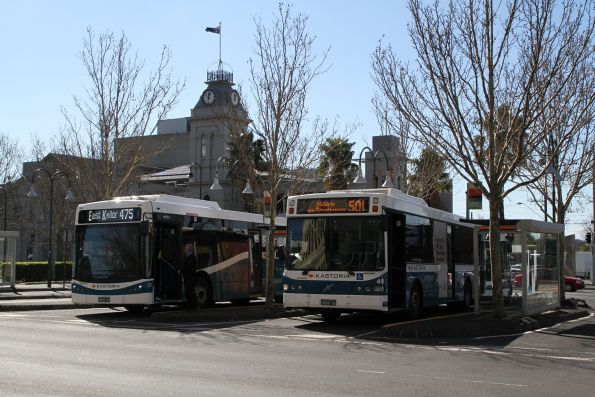 Kastoria bus #58 BS03OY on route 475 alongside #49 BS00AX on route 501 at Moonee Ponds Junction